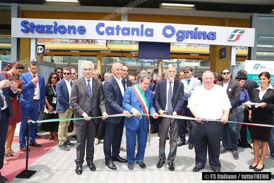 WOULD YOU LIKE TO RENT A CAR FROM CATANIA RFI CENTRAL STATION?