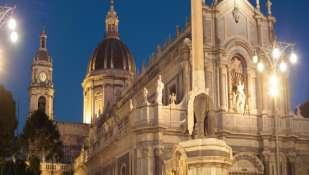 Capodanno 2019 a Catania con un noleggio auto low cost